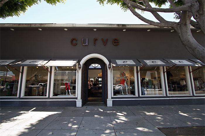 Curve Robertson Boulevard Shopping Dining Amp Travel