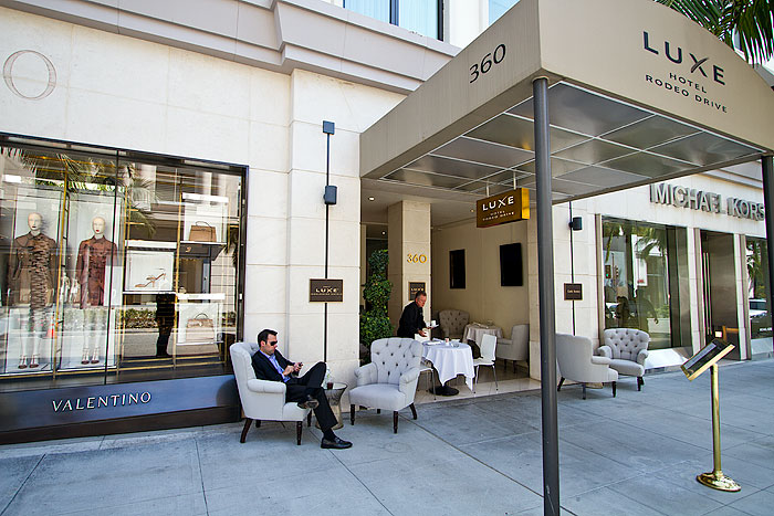 Luxe Hotel Rodeo Drive Robertson Boulevard Shopping