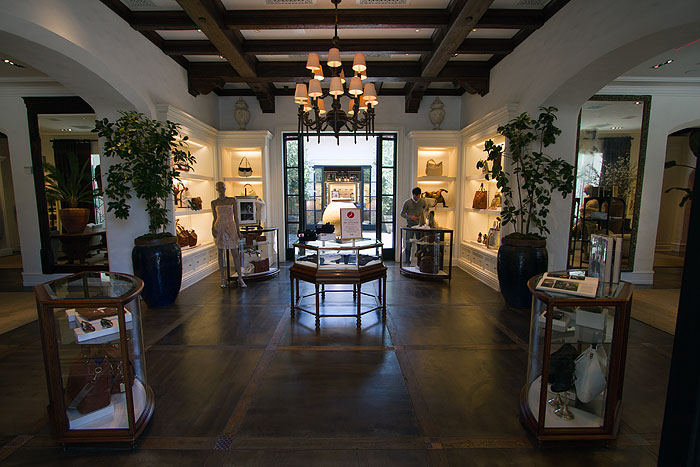 City Line Avenue >> Ralph Lauren | Robertson Boulevard Shopping, Dining & Travel Guide for Los Angeles, California